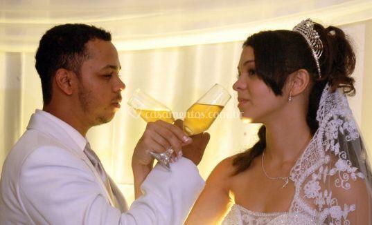 O brinde do casal