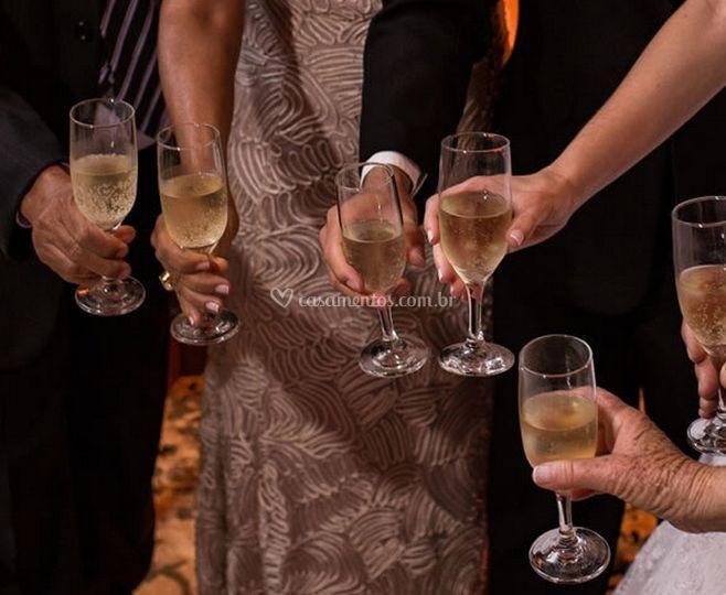 Brinde para a noiva e noivo