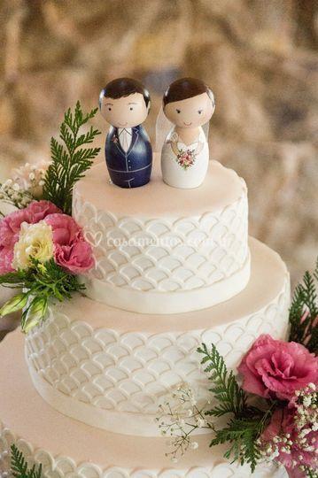 Detalhe noivinhos no bolo!