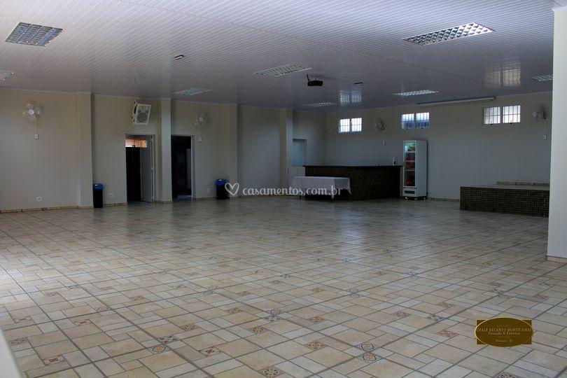 Salão de festas intermo