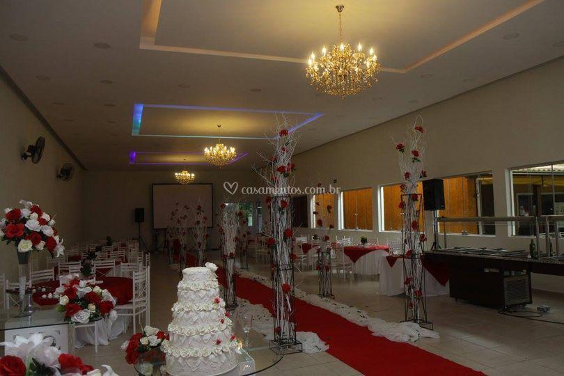 Salão com lustre