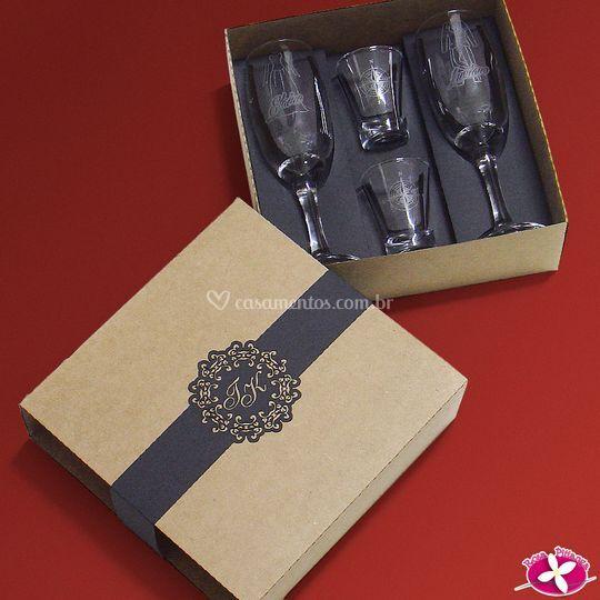 Kit de taças e copos de dose