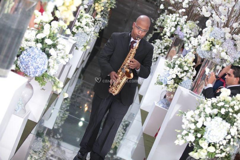 Sax para anúncio da noiva