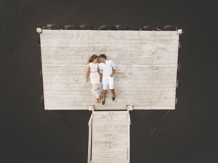 Imagem aérea do casal