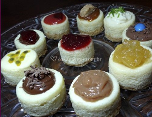 Diversos sabores de cheesecake
