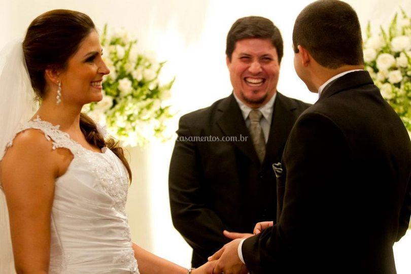 Descontração ao celebrar seu casamento
