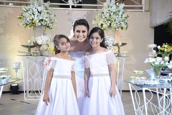 Noiva com suas Damas