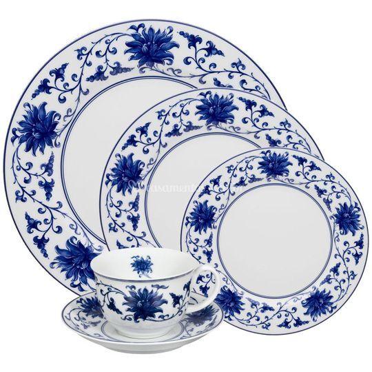 Jogo de jantar em porcelana