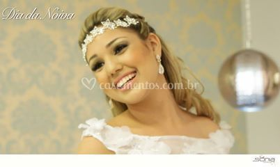 Noiva linda e feliz!