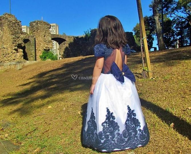 Costas vestido realeza