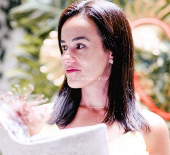 Daniela Oliveira, a Celebrante