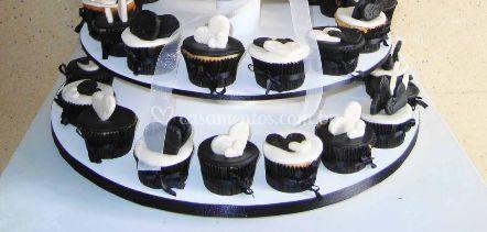 Base de bolo com cupcakes