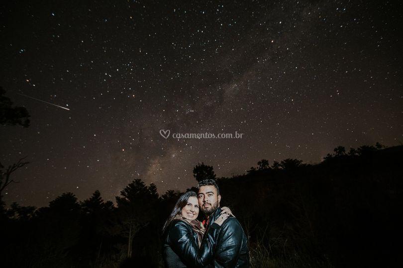 Casal e as estrelas