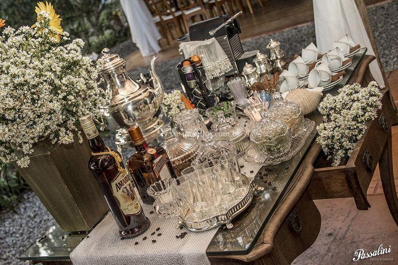 Mesa de licores