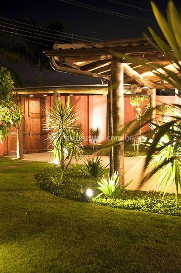 Jardim externo - luzes