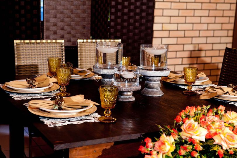 Mesa dos noivos