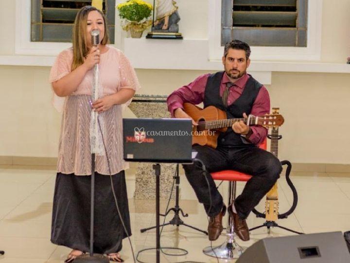 Voz e violão para casamentos
