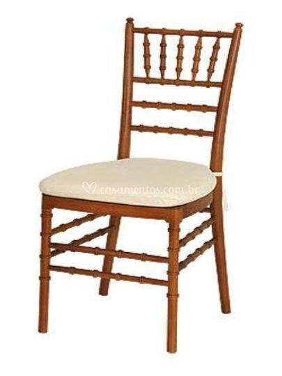 Cadeira Tiffany Nogueira