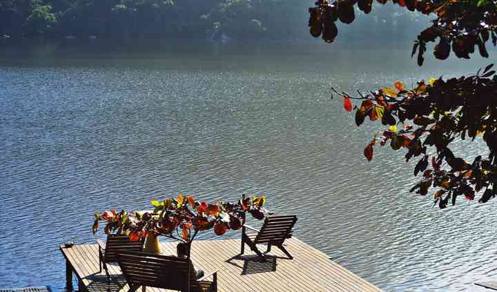Trapiche na lagoa