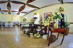Mesas e decoração