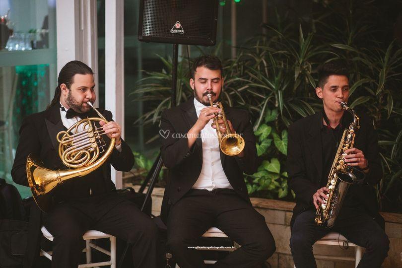 Trio de Metais