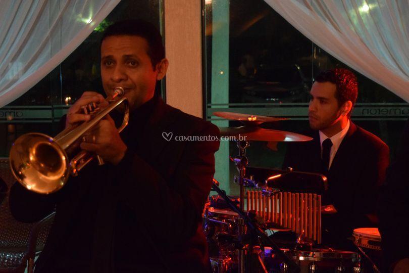 Trompete e percussão