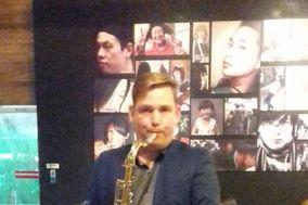 Adriano Silva Saxofonista