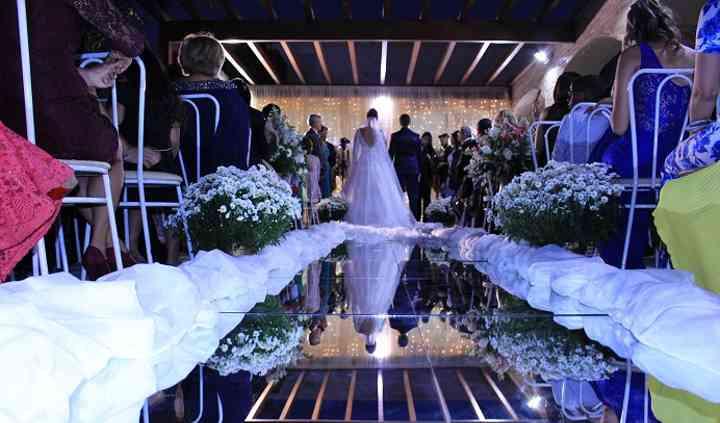 Mini wedding ao ar livre