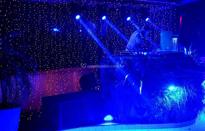 DJ, luz pista e micro lâmpadas