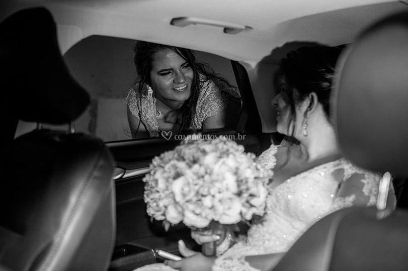Levando Noivas
