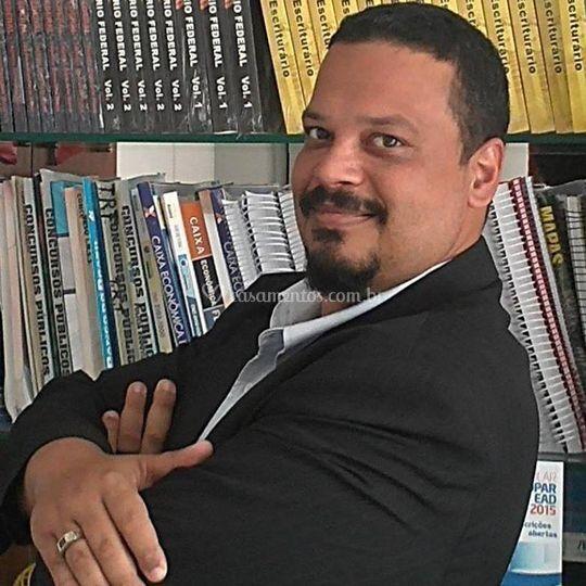 Padre Eduardo Faria