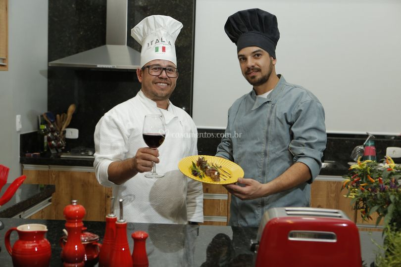 Chefs Alex e Matheus