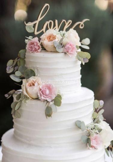Tema floral para bolo de casam