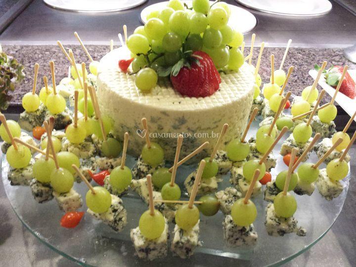 Gorgonzola com uvas