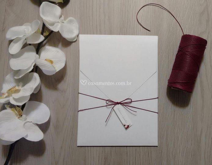 Envelope vertical