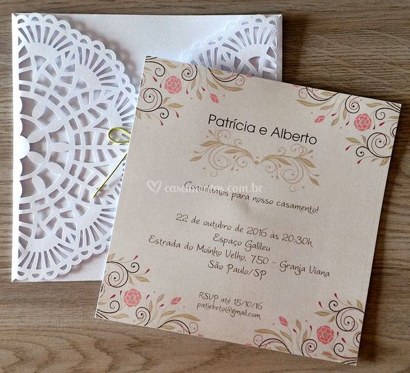 Convite rendado 17x17cm branco