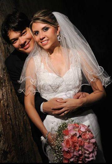 Felicidade da noiva e do noivo
