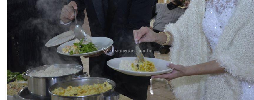 Jantar servido na hora marcada