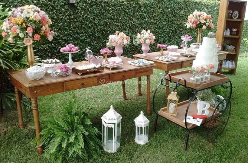 Opção para mesa no jardim