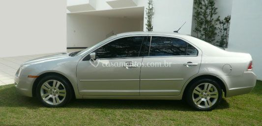 Lateral Ford Fusion