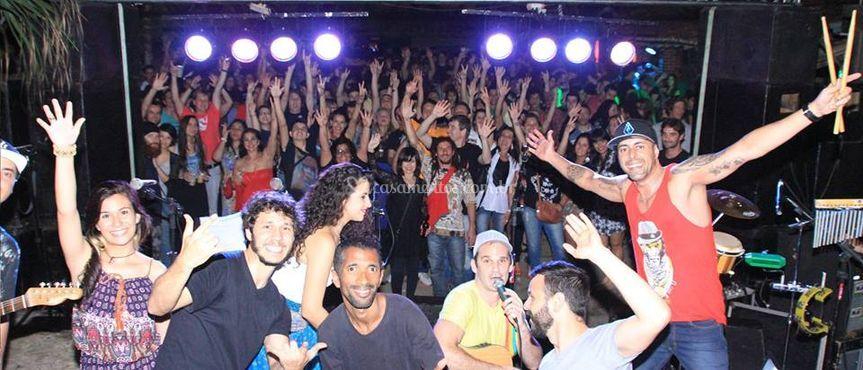 Leandro Maineri e banda