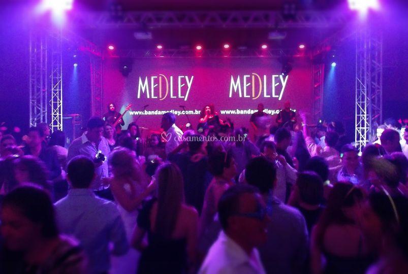 Banda Medley-Ituplaza Hotel