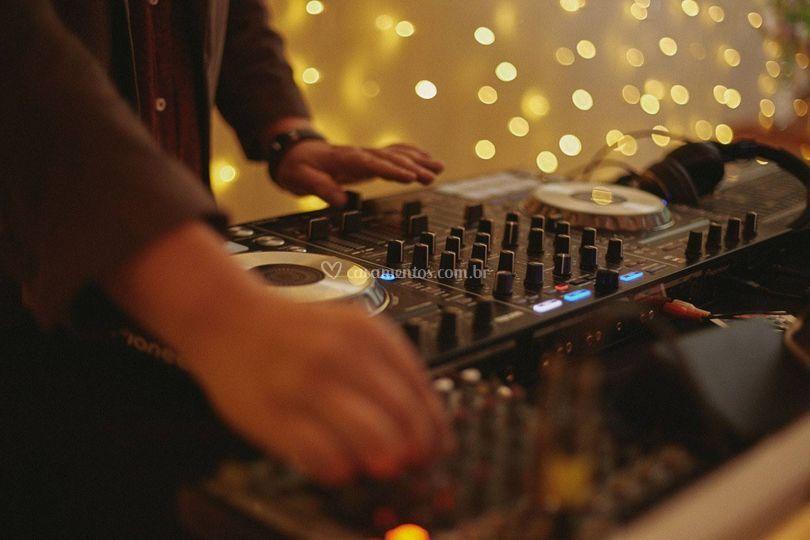 DJ Danilo Monteiro