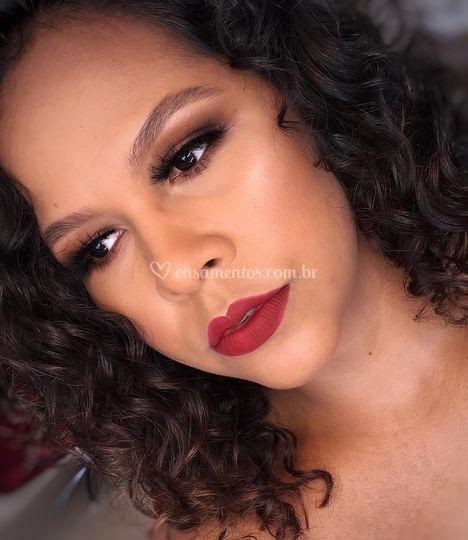 Kamilla makeup