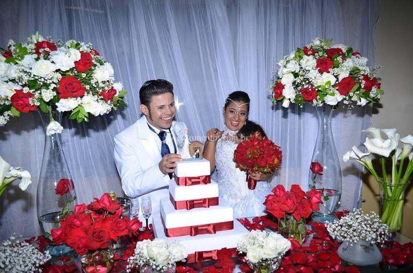 Mesa de bolo vermelha