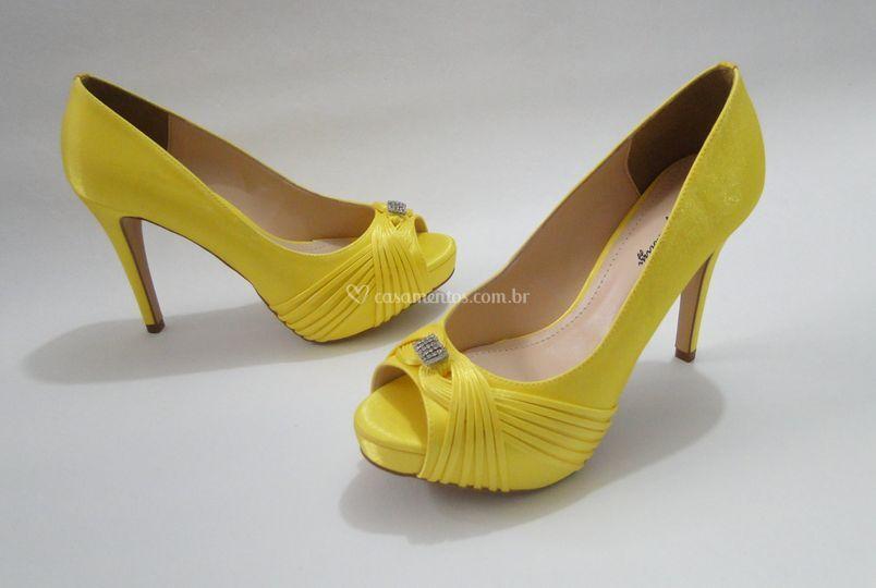 Retro Cetim Amarelo Tiras