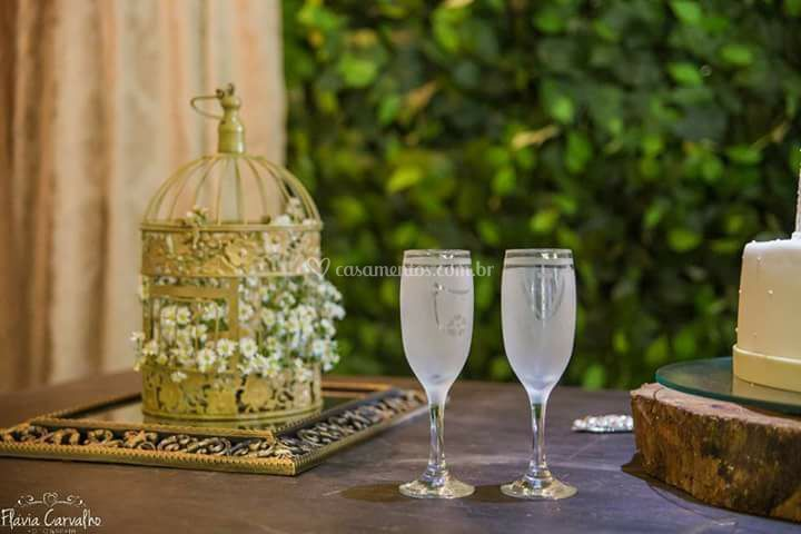 Taças para brinde dos noivos