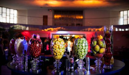 Extreme Show Bar -  Bartenders
