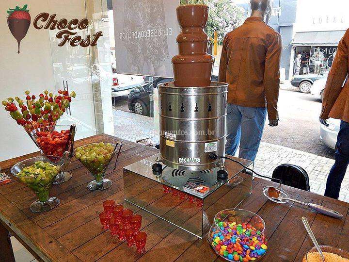Cascata de Chocolate em Lojas