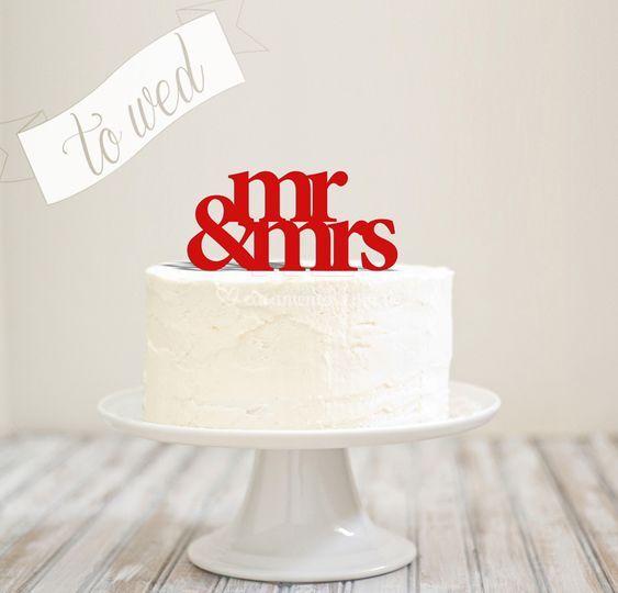 """Topo de bolo """"Mr&Mrs"""""""